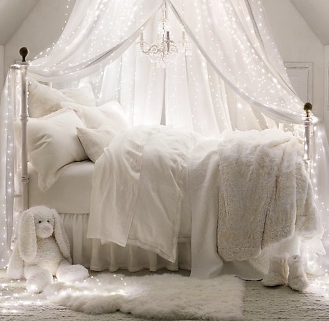 String Lights Bedroom Ideas Part - 40: How You Can Use String Lights To Make Your Bedroom Look Dreamy