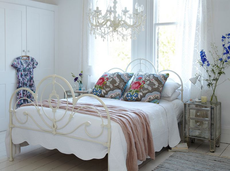 Shabby Chic Bedroom.