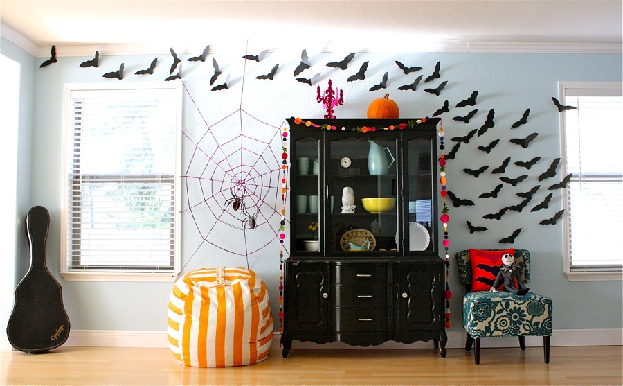 20 super scary halloween decorations for Deco exterieur halloween