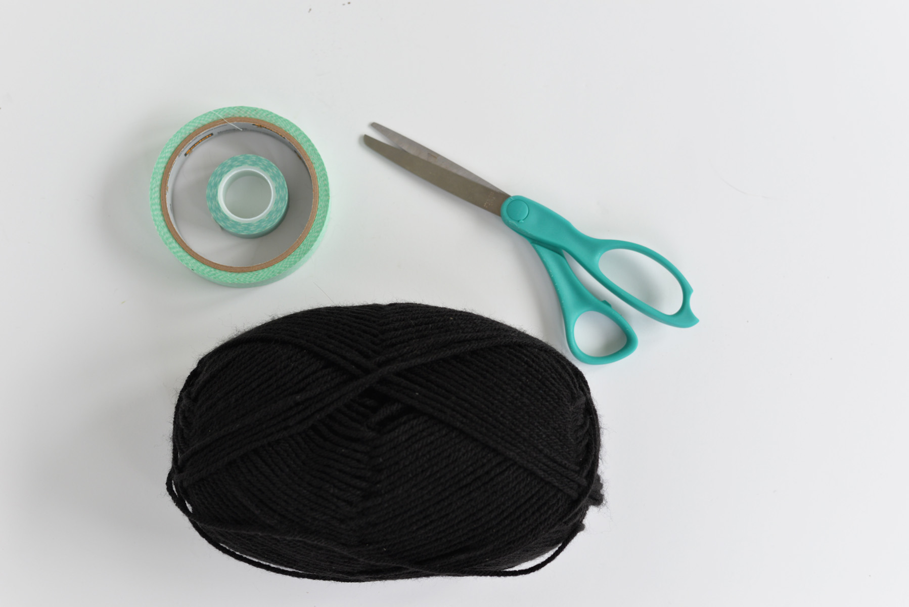 yarn spiderweb supplies