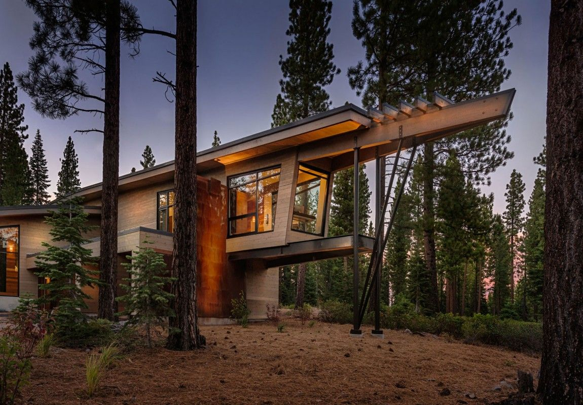 Modern Cabin-Like Retreat Rules The Californian Landscape