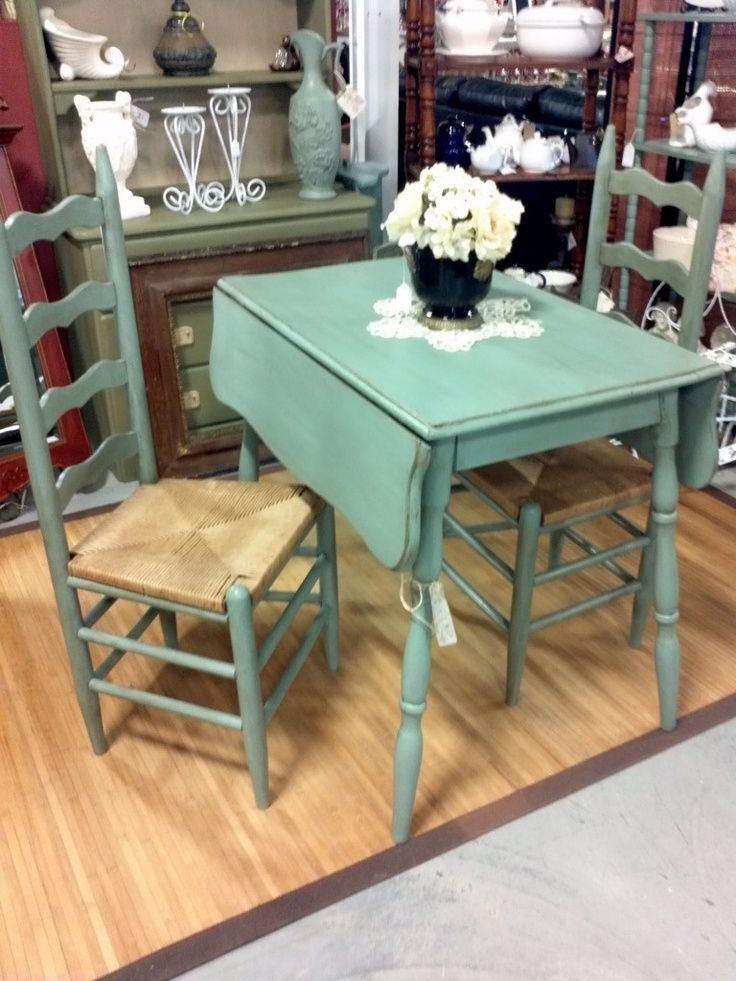 Introducing Drop Leaf Dining Tables The Good Old Space  : small turquoise table drop leaf from www.homedit.com size 736 x 981 jpeg 106kB