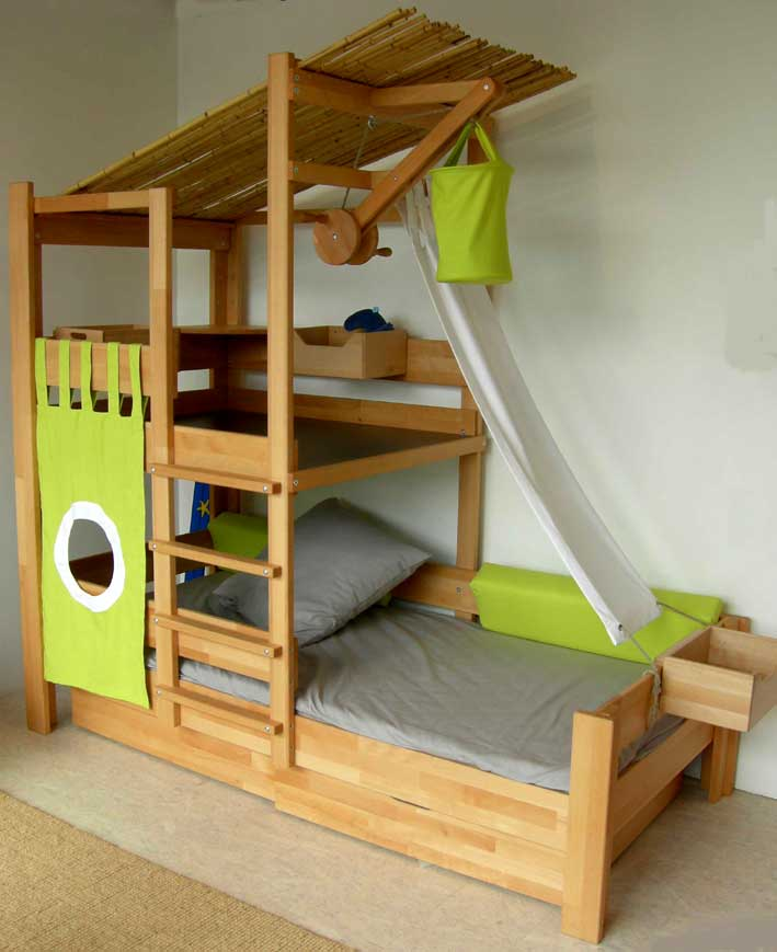 toddler bunk beds that turn the bedroom into a playground. Black Bedroom Furniture Sets. Home Design Ideas