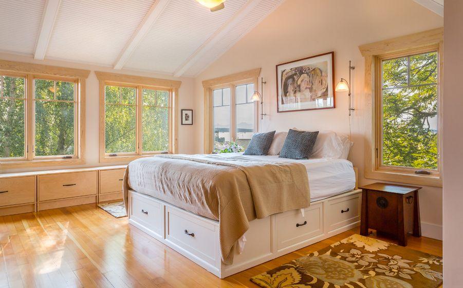 Bedroom With Hidden Bed Drawers