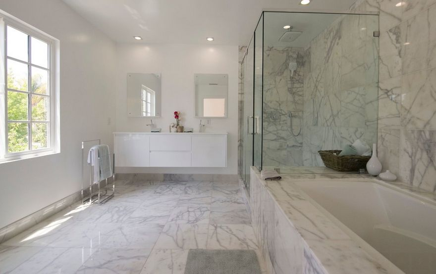 Ordinaire Sophisticated Bathroom Designs That Use Marble To Stay Trendy