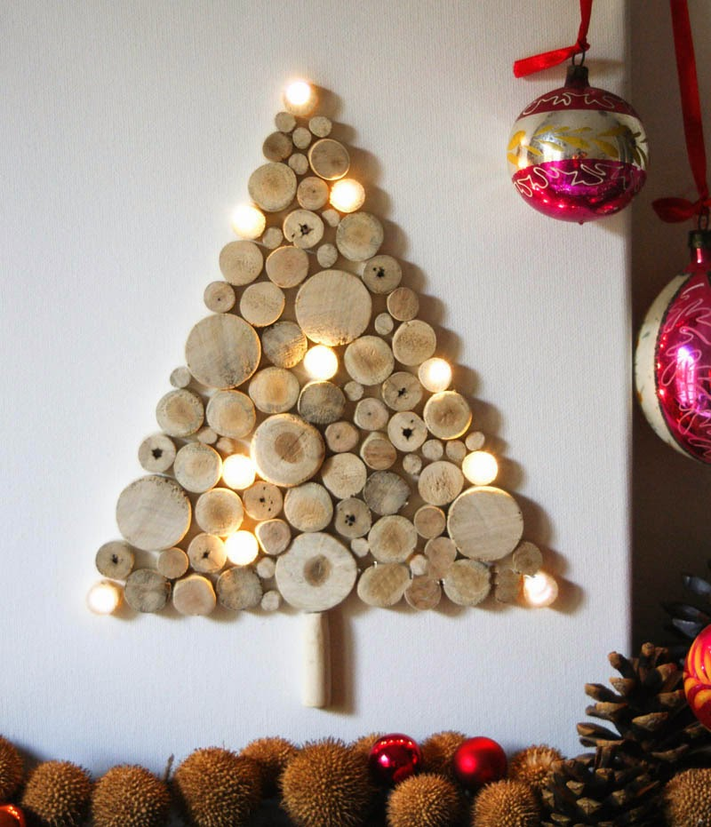 Christmas Trees For Small Apartments.Top 10 Wall Christmas Trees For Small Spaces
