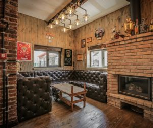 Crazy BBQ – A Bikers' Complex Infused With Vintage And Industrial Character