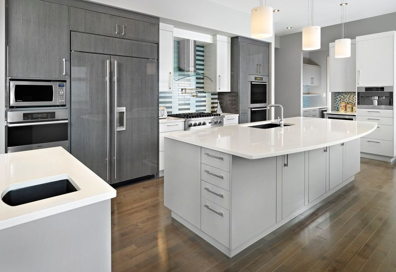 Awesome Pair Gray Cabinets With Warm Colors And Materials.