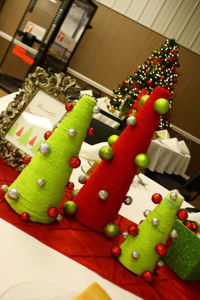diy yarn tree centerpieces - Christmas Party Decorations