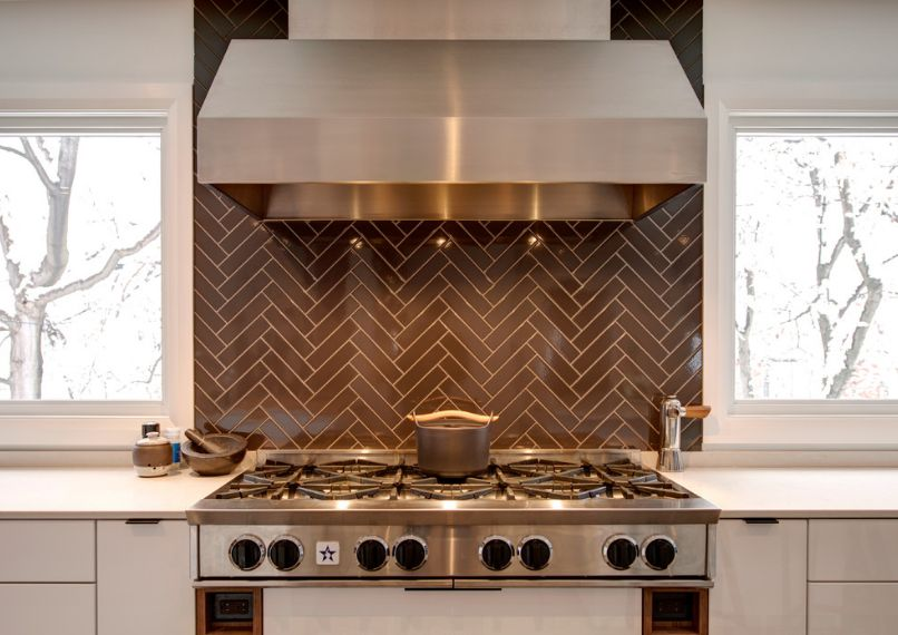 herringbone-look-grout-different-color White Herringbone Backsplash