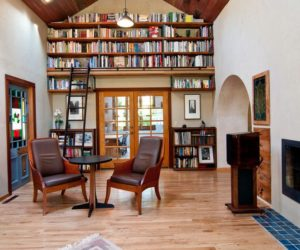 Inspiring Ways Of Using Library Ladders In The House