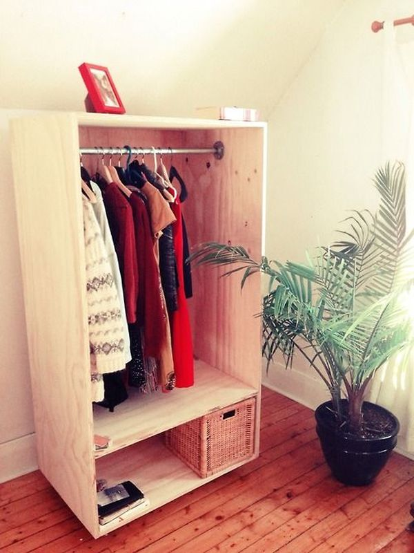 Attrayant Keep Your Wardrobe In Check With Freestanding Clothing Racks