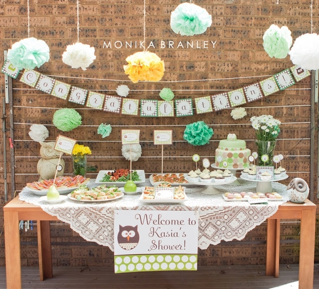 Guide to hosting the cutest baby shower on the block for Baby shower wall decoration ideas