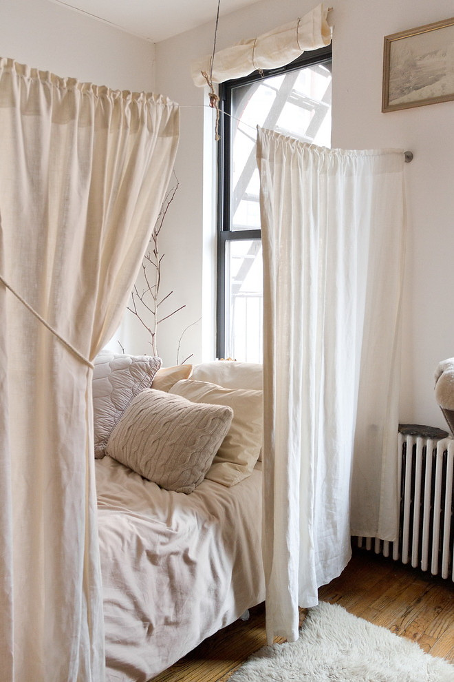 How to create dreamy bedrooms using bed curtains for Einrichtungsideen studentenzimmer