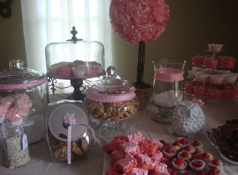 BABY SHOWER TABLE DECORATIONS Simple Glassware Ribbon