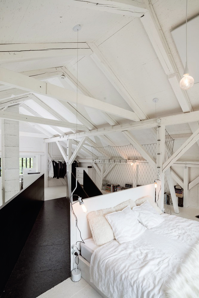 BOOOOX-Barn-open-bedroom
