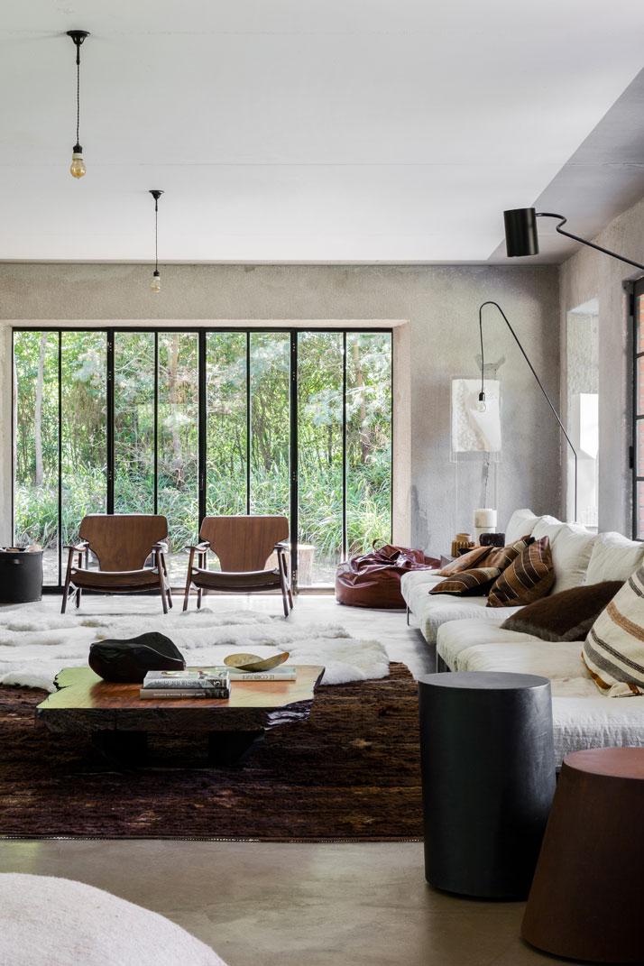 Bea-B&B-social-area-sofas