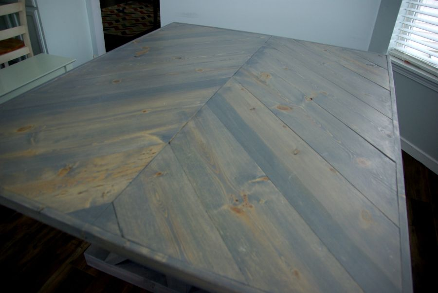 Diy A Farmhouse Table Modernizing The Traditional