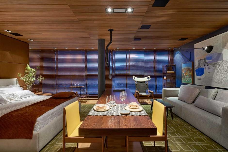 David-Guerra-exhibition-apartment-dining-table