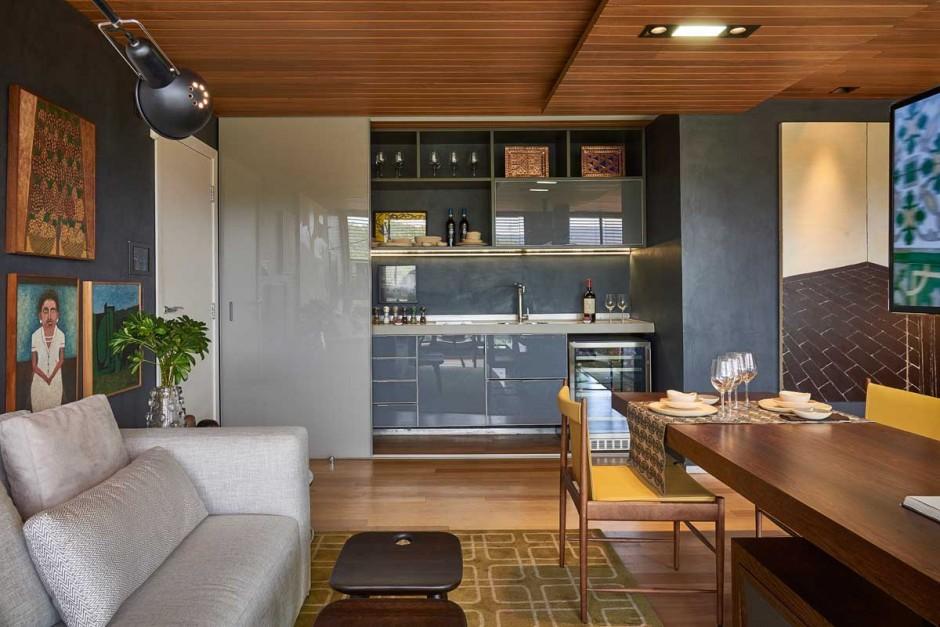 David-Guerra-exhibition-apartment-kitchen