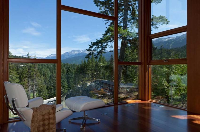 Lakecrest-Residence-corner-seating-spot