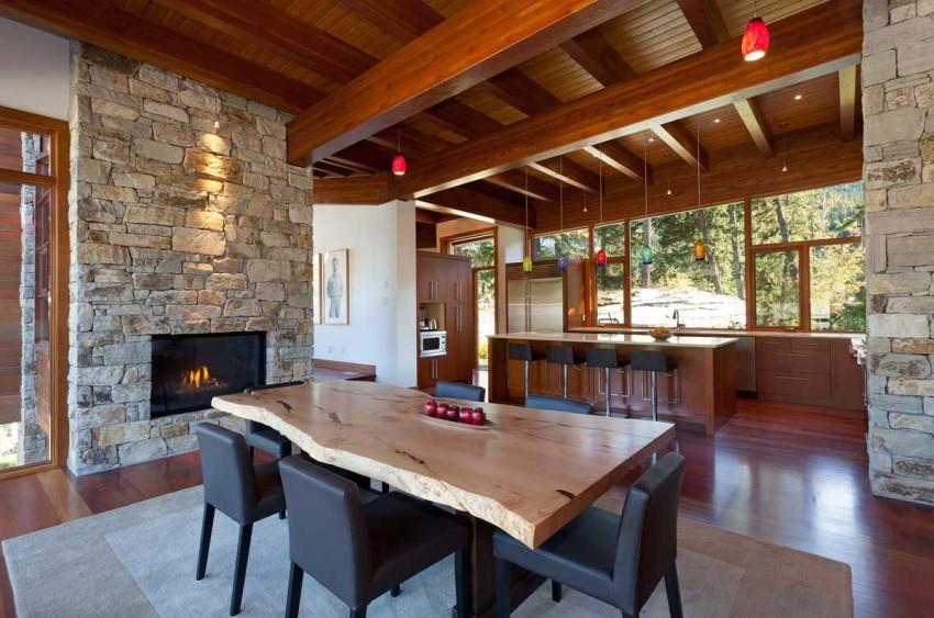 Lakecrest-Residence-dining-room
