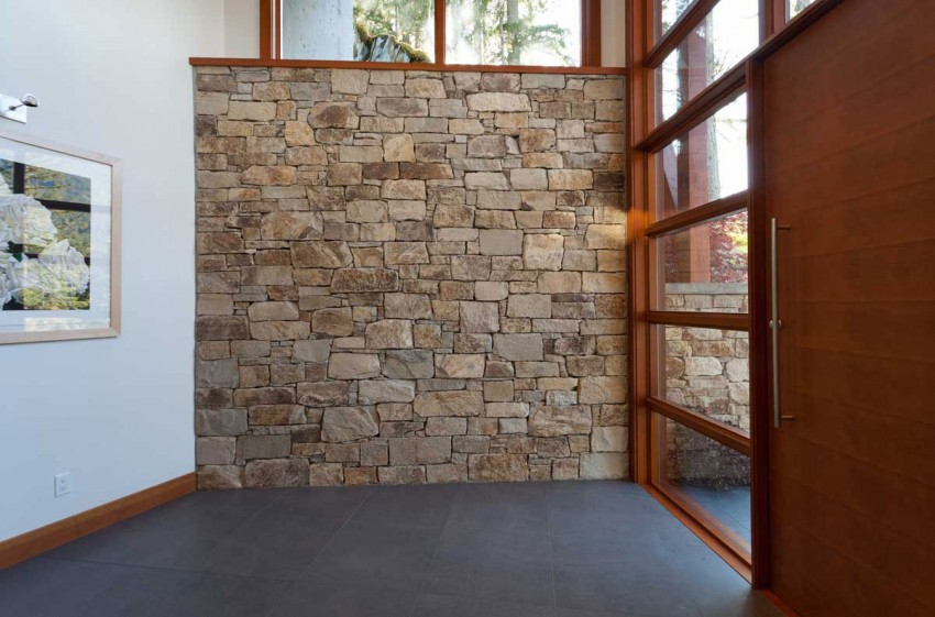 Lakecrest-Residence-interior-stone-wall