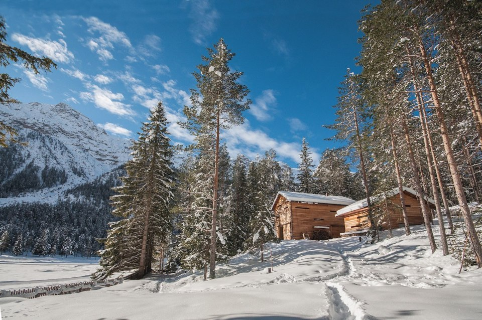 Tyrol-alpine-lodge-exterior-overview