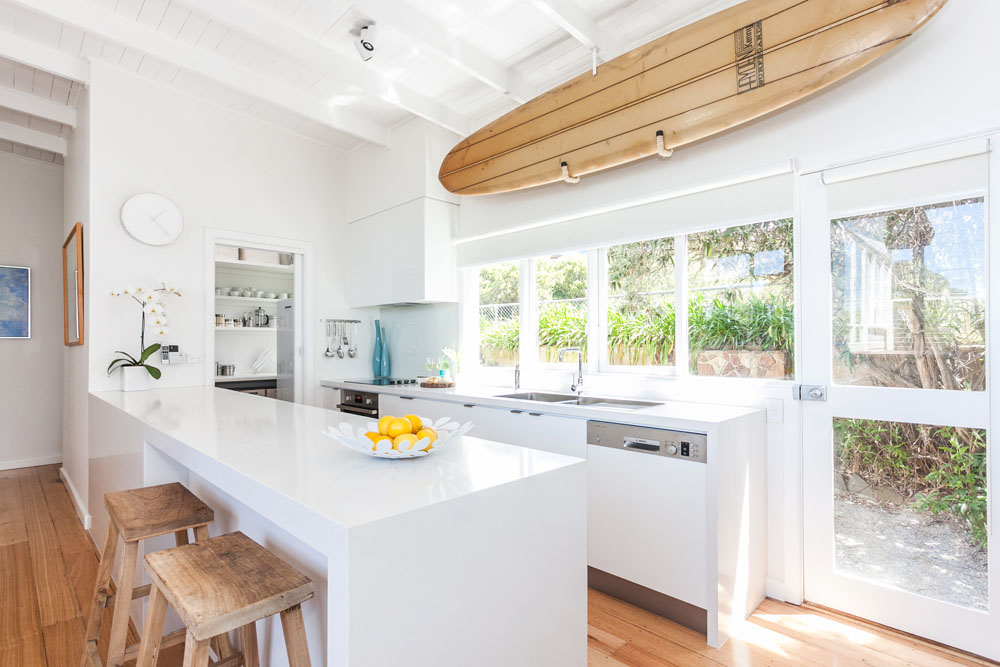 beach-house-kitchen-surfboard