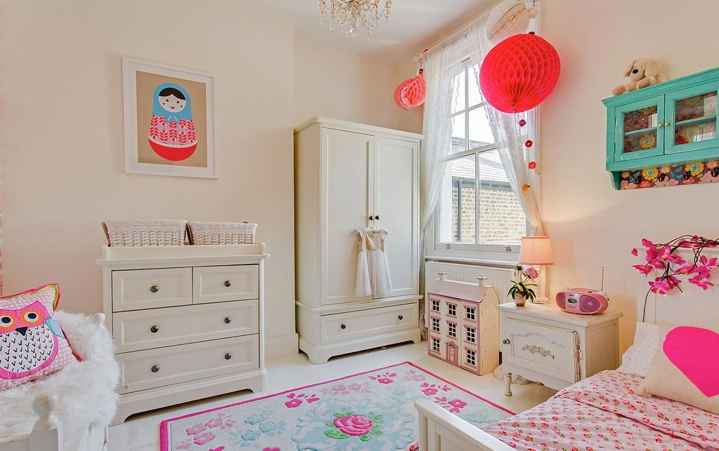 Cute bedroom design ideas for kids and playful spirits for Pretty small bedrooms