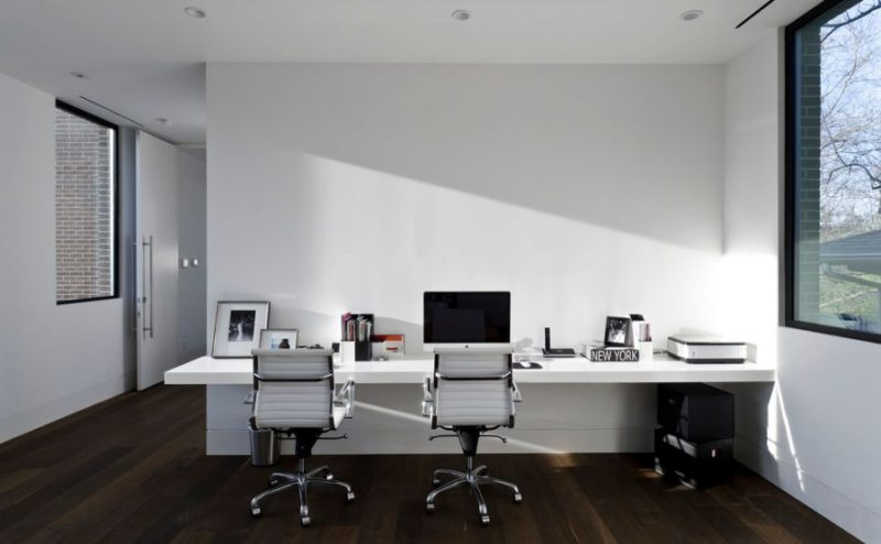 White Office Desks – Professionalism With Class
