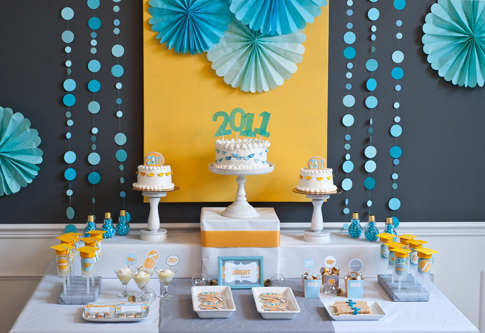 Graduation Party Decorating Ideas party table decorating ideas: how to make it pop!
