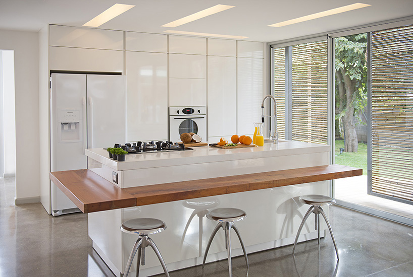maria-jose-trejos-containers-kitchen-island
