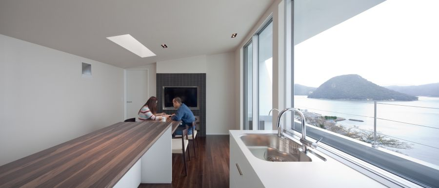 Japanese inspired kitchens focused on minimalism for Extreme minimalist living