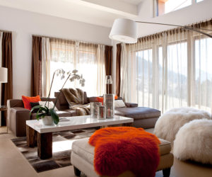 ... 10 Of The Best Colors To Pair With Brown!