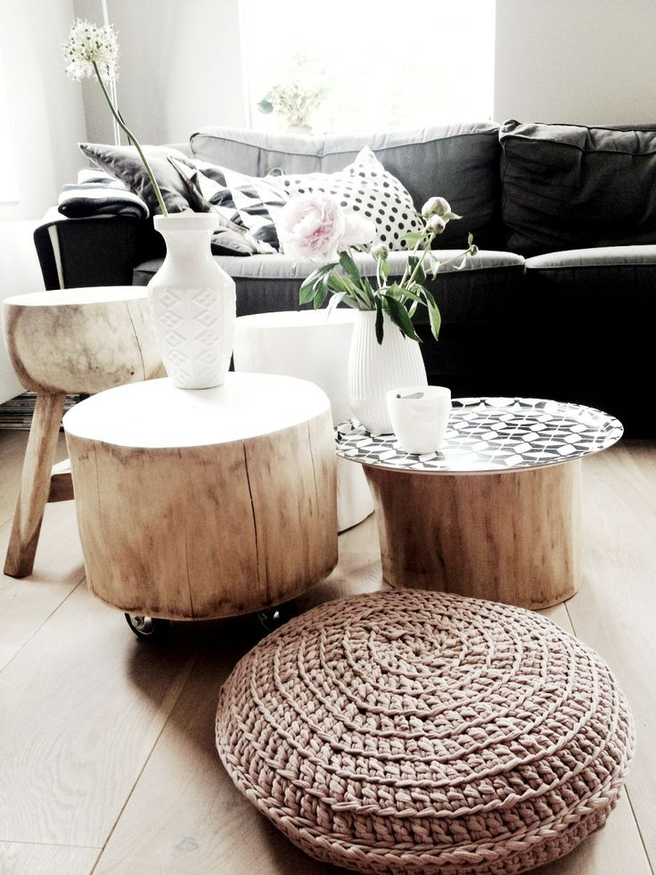 Bring raw beauty into your home with tree trunk tables - Couchtisch holzstamm ...