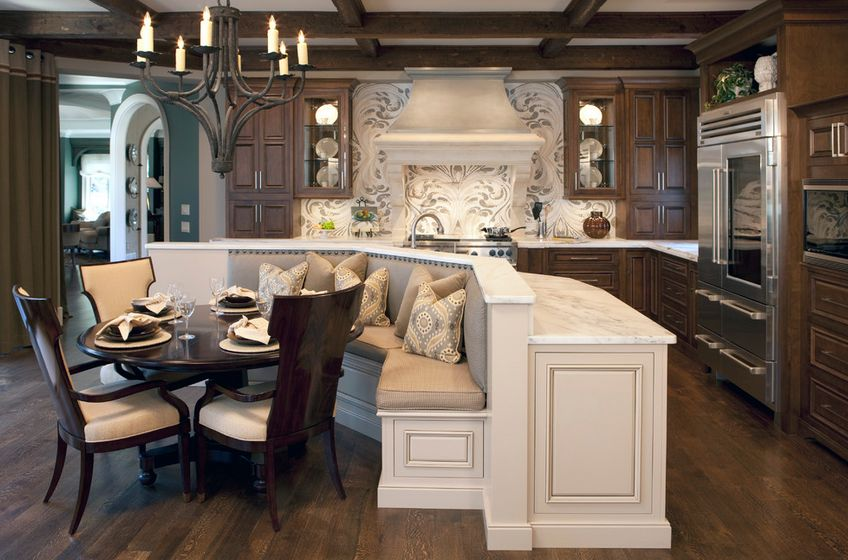 Create a comfortable ambiance with a traditional design. - Ways Of Integrating Corner Kitchen Tables In Your Décor