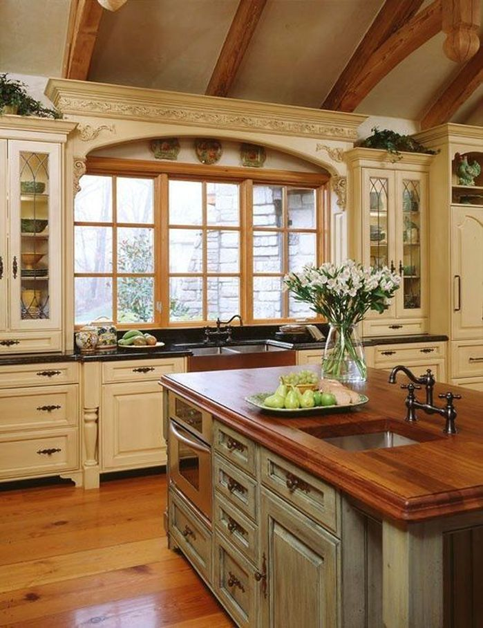20 ways to create a french country kitchen for Small white country kitchen