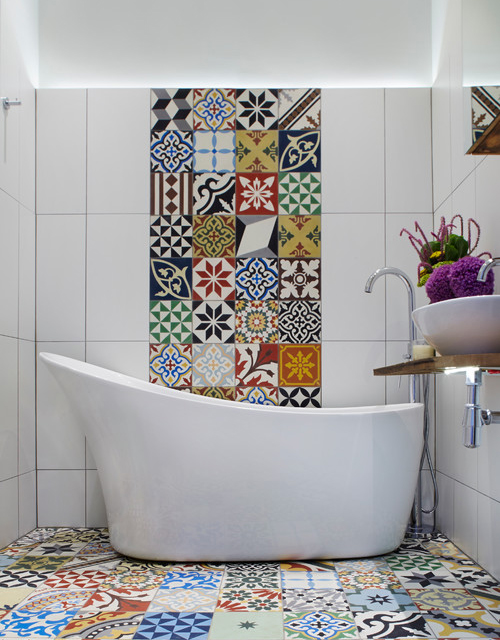 Bathroom tile patchwork design