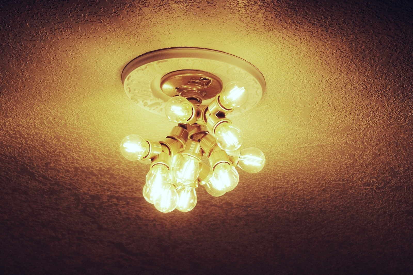 Ceiling light fixture made with branched out socket splitters step 10 install bulbs and turn it on arubaitofo Choice Image