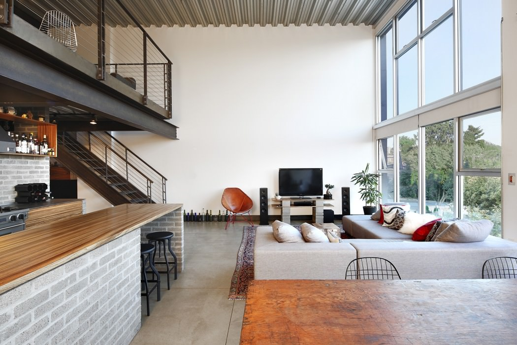 Apartment Gets Industrialized After A Modern