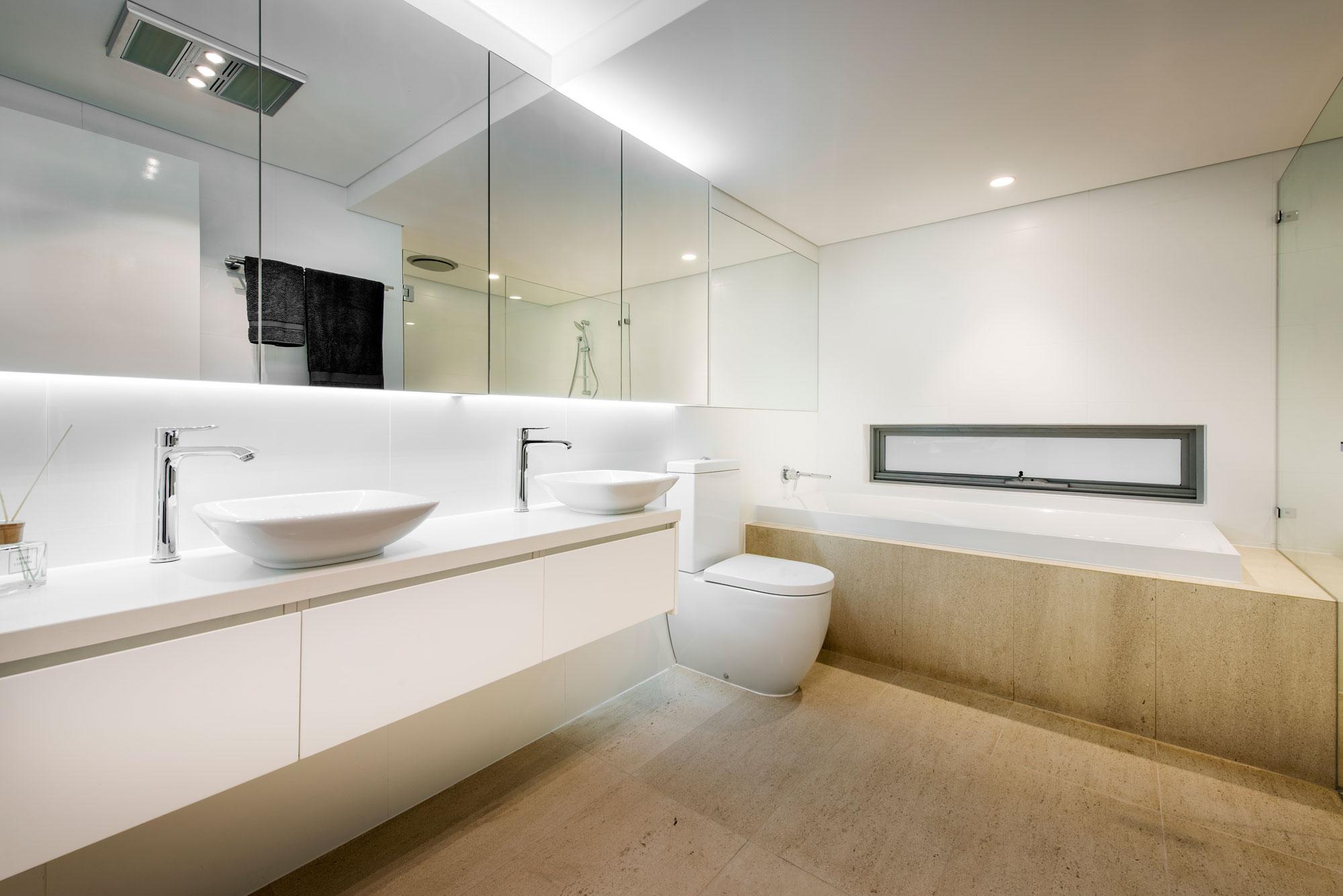 City-Beach-residence-bathroom1