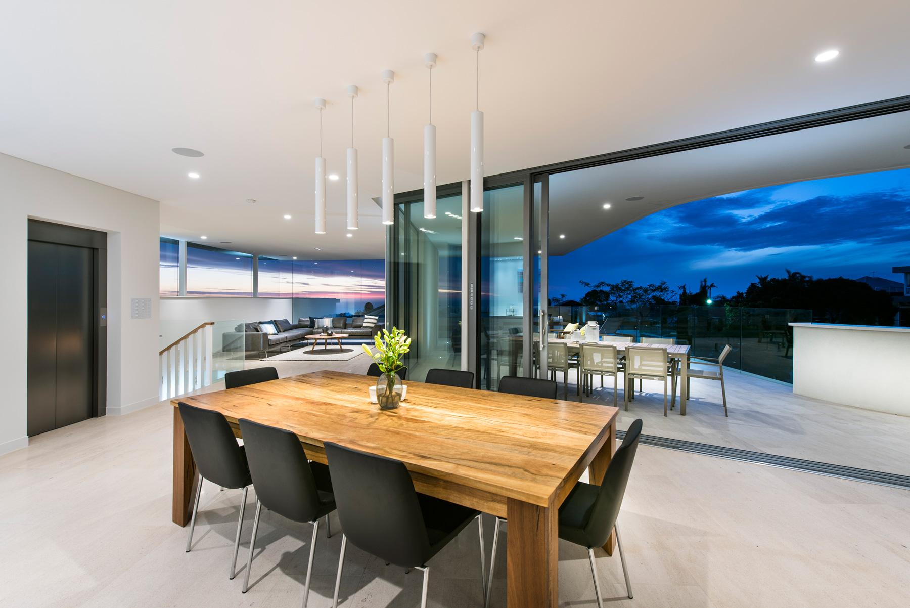City-Beach-residence-dining-area