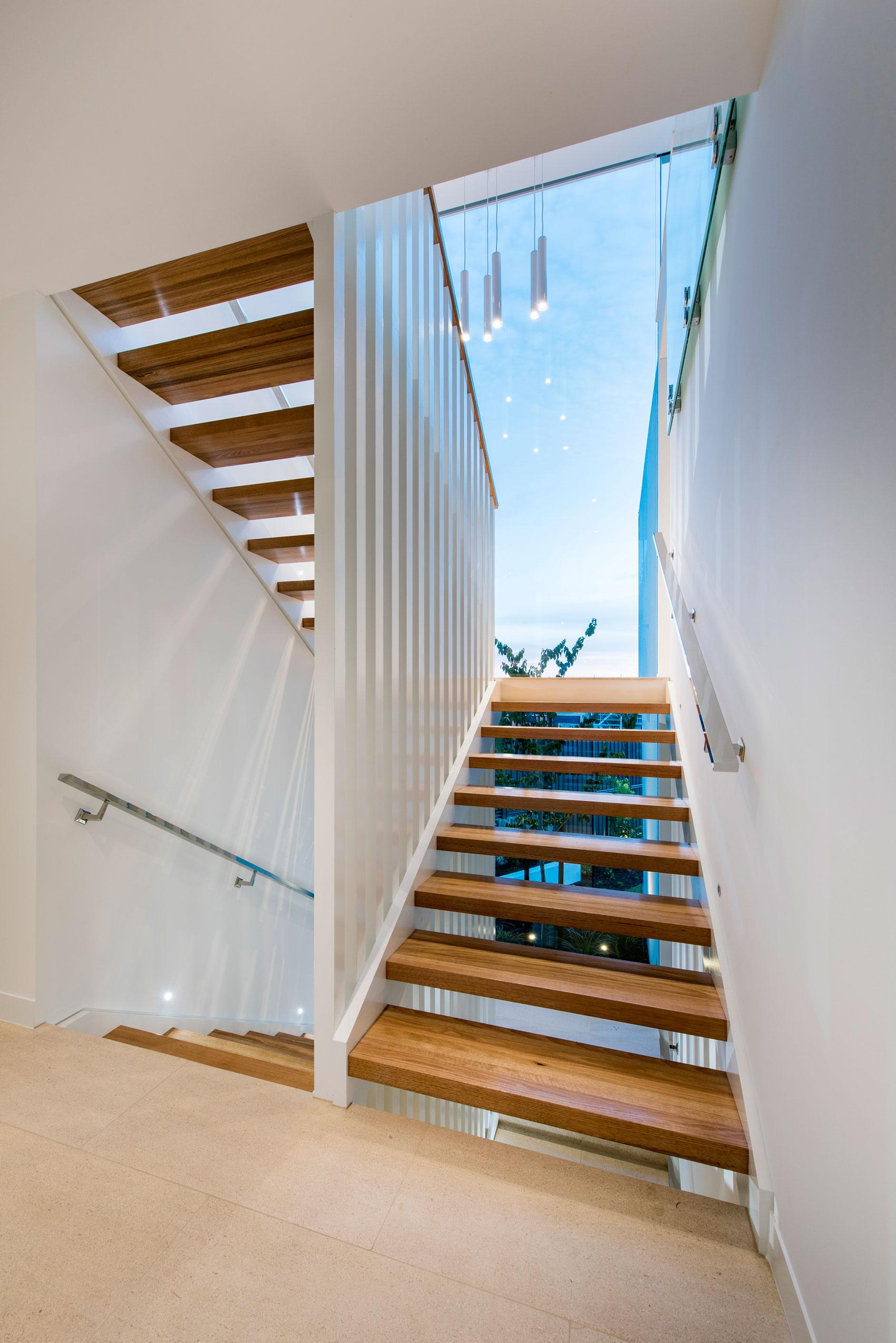 City-Beach-residence-staircase