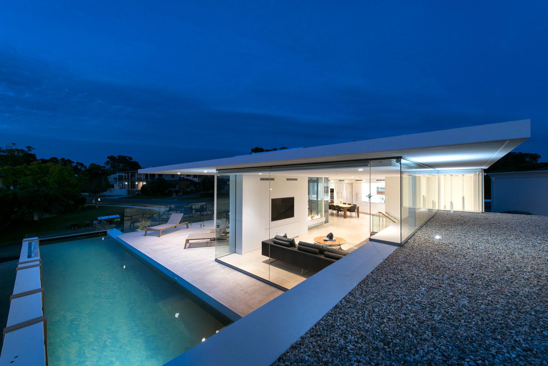 City-Beach-residence-swimming-pool