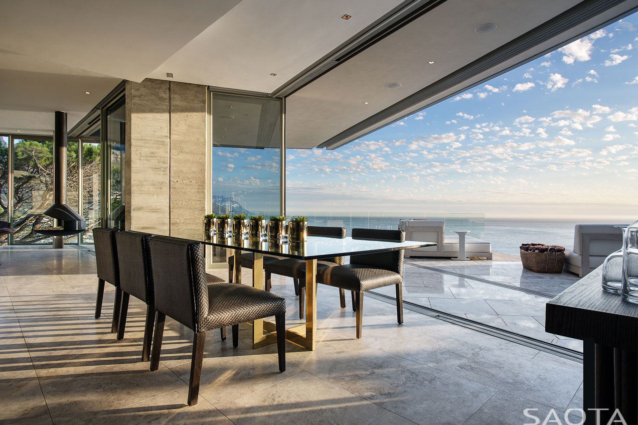 Clifton-family-home-dining-room-views