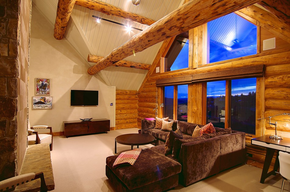 Colorado-log-cabin-upper=level-loft