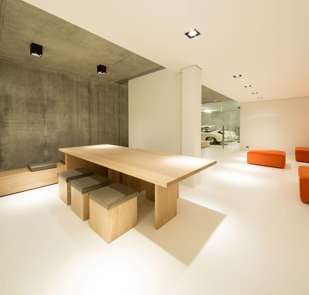 Huizen-modern-country-home-basement-bar