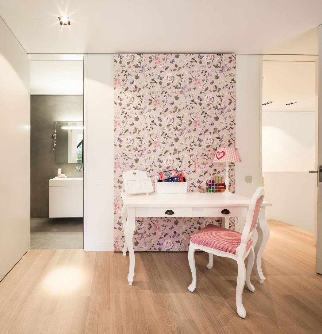 Huizen-modern-country-home-makeup-vanity