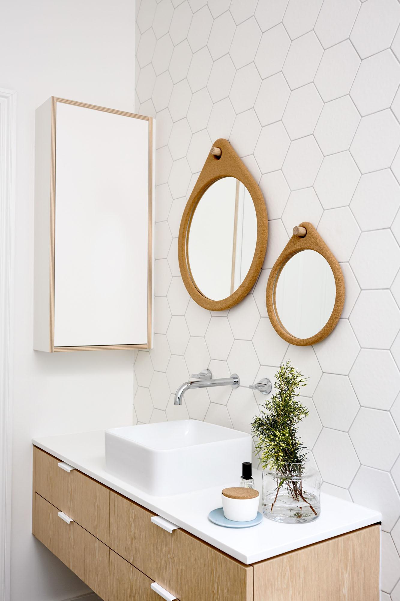 Sandringham-Residence-bathroom-mirrors